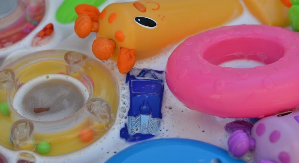 мыльный раствор для мытья игрушек