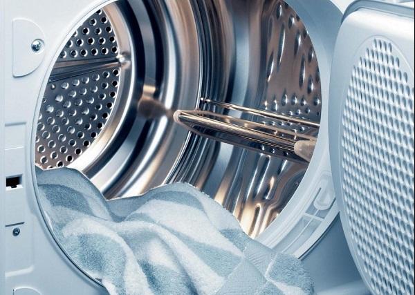 чистая стиральная машинка