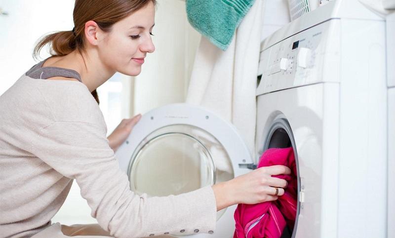 стирка цветных вещей в стиральной машине