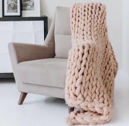 как почистить диваны и кресла